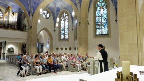 Besinnung Im Zisterzienserkloster