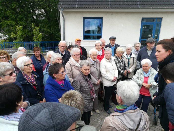Besuch Des Friedensdorfes Oberhausen